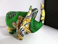 Doudou éléphant en wax