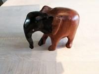Éléphant en ébène